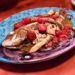 トラットリア ピッコラシチリア - 鯛のアクアパッツァ