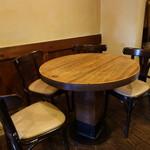 廣屋珈琲店 - ☆レトロな雰囲気のテーブル席(*^。^*)☆