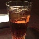 旗籠家 - お冷代わりのウーロン茶