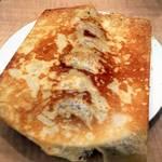 虎坊 - 羽根付き焼き餃子¥430