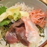 85412910 - 海鮮丼(熱き漢ランチ)