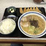 ラーメン勝龍軒 - ラーメン定食
