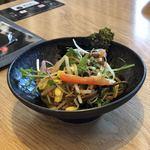 トラジ ビナ ガーデンズ テラス - ナムルのサラダ