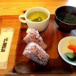 カフェ&ミール MUJI - 料理写真:おにぎりセット!