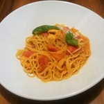 85423840 - メインの海老とトマトのスパゲッティ