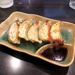 環七ラーメン 周麺 - 焼きギョーザ5コ