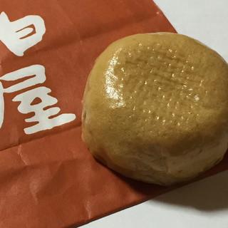 福島柏屋 - 料理写真:薄皮饅頭こし餡(97円)