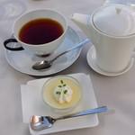 モモカフェ - ランチのデザート+ドリンク