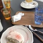 フタバフルーツパーラー - なめらか食感のやみつきティラミス