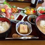 浜乃納屋 - 料理写真:「納屋定食」2300円