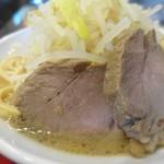 らぁ麺 しん - 並ラーメン、豚も美味い!