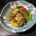 中国精進料理 凛林 - 牛ロース肉と鎌倉野菜辛味炒め