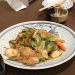 八千代食堂 - キムチ炒め 570円