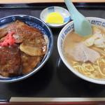 味乃やまびこ - ヤッホーセット(豚丼+小ラーメン(醤油))1000円