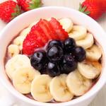 ハワイアンパンケーキ専門店 ハッピーハワイカフェ - メ!ハワイのスーパーフード!フルーツたっぷり健康食「アサイーボウル」成増でランチを食べることができて、待ってる間、食べ終わった後はハワイアン雑貨のお買い物ができます!