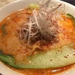 天虎 - 坦豚麺(胡麻) 900円。