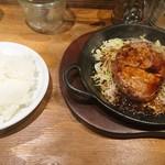 肉バルブッチャーズ 八百八 - 厚切りトンテキ \880(18-05)