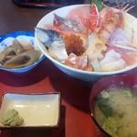 85458673 - 海鮮丼(¥1300)