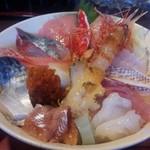 85458675 - 海鮮丼アップ
