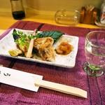うお寿 - 料理写真:鰤カマ塩焼き & 冷酒