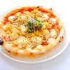 豚肉とエッグタルタルのピザ