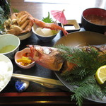 ファミリーれすとらん ひろせ 寿し正 - 焼魚御膳 1800円 (2018.4)