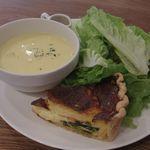 ポワンタージュ - スープ&キッシュ ランチ
