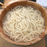 樽平 - 料理写真:たらいうどん3人前(530円/1人前)