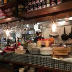 オリエンタル ビストロ アガリコ - 店内(厨房)