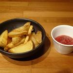 ゴリゴリバーガー タップルーム - 自家揚げフライドポテト