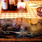 さわやか - 料理写真:名物の「げんこつハンバーグ 250g」。