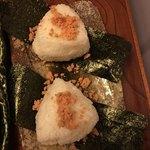 北海道レストラン 知床漁場 - おにぎり鮭2つ