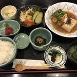 鮮菜家 - 料理写真:ヒラスの揚げびたし=980円