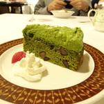 フランス風郷土料理 欅 - 抹茶のケーキ