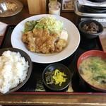 満マル - 料理写真:チキン南蛮定食(680円 税抜き)