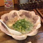 銀麺 - 塩とんこつ叉焼麺