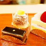 あかしや洋菓子店 - 手土産に買ったケーキ