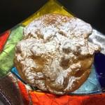 白亜館 - 料理写真:人気の会津山塩のシュークリーム
