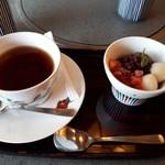 かごの屋 明石店 - 選べる甘味セット 白玉あんみつと紅茶