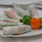 Sen Xanh - 料理写真:◆生春巻き・・中には海老やお味を付けた豚肉が入っています。普通に美味しい。
