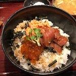 85514598 - 漬けマグロ三色丼 1000円。