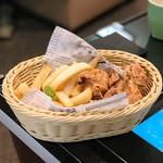 ピーくんカフェ - ポテトフライ&唐揚げ