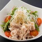 信州オレイン豚冷しゃぶと水菜みょうがのサラダ仕立て自家製ポン酢で