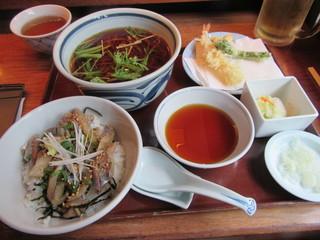 吉祥庵 - 「海老と季節野菜の天ぷらとアジの小丼ぶり」一式