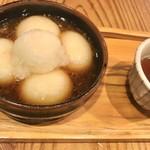 茶房もちつき庵 - 料理写真:大根おろしもち   かな…名前。大根おろしで食べるお餅