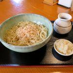 コロポックル山荘 - 辛味大根おろしそば(850円)