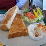 モスバーガー - 朝のバランスプレート、コーンスープ、580円