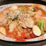 SALVATORE CUOMO & BAR - 春キャベツと鶏の窯焼き