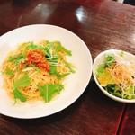 ガード - 桜エビと水菜のペペロンチーノ