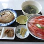 浜のかあちゃん食堂 - 羽幌産甘えび丼(カレイの煮付はサービス) 1500円 (2018.4)